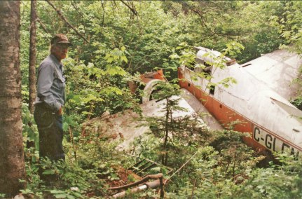 TBM#A14 GLEN wreck - Don Henry_44MileBk_Sep1995-1